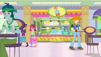 Applejack's juice bar at the Canterlot Mall SS9