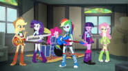 Rainbow Dash's pony ears disappear EG2