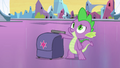 Spike with Twilight's bag EG.png