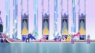EG Mane 6 wychodzi z sali tronowej