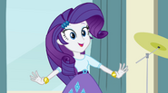 Rarity thinks about new accessories EG2