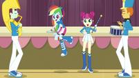 Rainbow climbs back onto the stage EG3