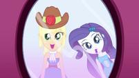 Applejack pleasantly surprised SS1