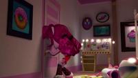 Pinkie Pie about to open her closet (version 2) EGM1