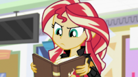 Sunset Shimmer reading Princess Twilight's reply EGS3