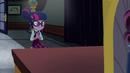 Twilight taking a seat in Cinch's office EG3