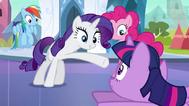 EG Rarity przypomina że Twilight jest teraz ksieżniczką