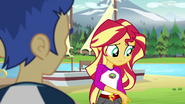 Sunset Shimmer about to explain to Flash Sentry EG4