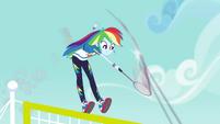 Rainbow swats shuttlecock at high speed CYOE4b