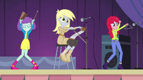 Derpy's band in the Battle of the Bands EG2