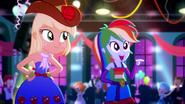 EG SS3 Rainbow Dash chwali dziewczyny