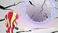Sunset Shimmer looks at the cracking mirror EGS3