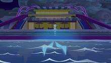 EGS6 Insygnia Storm King za burtą statku