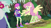 Fluttershy about to help Sweetie Drops escape EG4