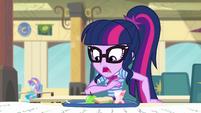 Twilight shocked by Pinkie Pie's long list CYOE4c