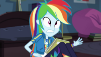Notebook lands in Rainbow Dash's lap EGDS6