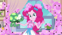 Pinkie Pie holding Tank and cookie EGDS30
