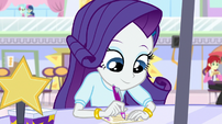 Rarity signing up for the video contest EGS1