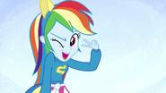 EG1 Rainbow Dash mruga