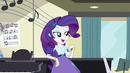 Rarity leaning on the piano EG3