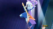 EG RR Trixie szaleje na scenie.