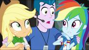 EG MF Zdziwione Rainbow i Applejack