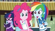 EG COYA04 Rainbow Dash ''To jasne!''
