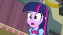 Twilight surprised to see Applejack EG