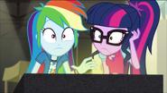 EG MF Rainbow i Twilight słyszą głos