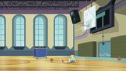 Wiz Kid on the gymnasium floor EG3