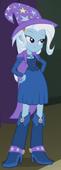 EG2 Trixie w sukni na Jesienny Bal i bitwę zespołów
