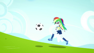 EG SS4 Radosna Rainbow biegnie