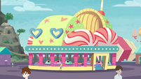 Exterior view of Equestria Land bumper cars EGROF