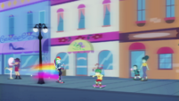 Rainbow Dash coming to a stop EGDS42