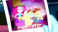 EG SS2 Zdjęcie Pinkie, Rainbow i Applejack