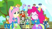 EG SS4 Podekscytowana Pinkie