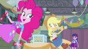 EG Applejack zaskoczona słowami Pinkie Pie
