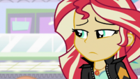 Sunset Shimmer looking distressed EGS3