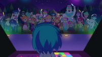 DJ Pon-3 giving concert at Starswirled CYOE12