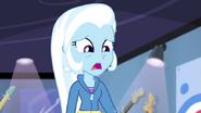 """EG2 klip """"Walka o gitarę """" Trixie jest zszokowana tą ceną"""