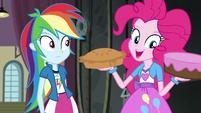 Pinkie Pie holding a pie and cake EG3