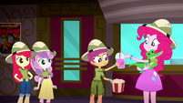 Pinkie trades popcorn and soda to Scootaloo for Gummy SS11