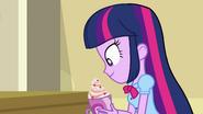 Twilight picks up her smoothie EG