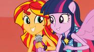 EG2 Twilight oraz Sunset śpiewają wspólnie