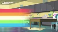 Rainbow Dash speeds out of home ec EGDS37