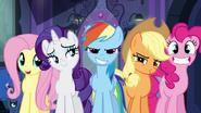 Twilight's friends ready to help EG