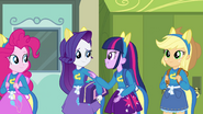 Twilight commends Rarity's idea EG