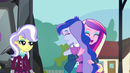Dean Cadance greets Luna warmly EG3