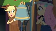 EG COYA09 Gadająca jabłoń podpowiada ''Uderz w dzwon''