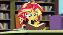 Sunset writes to Princess Twilight again EG3